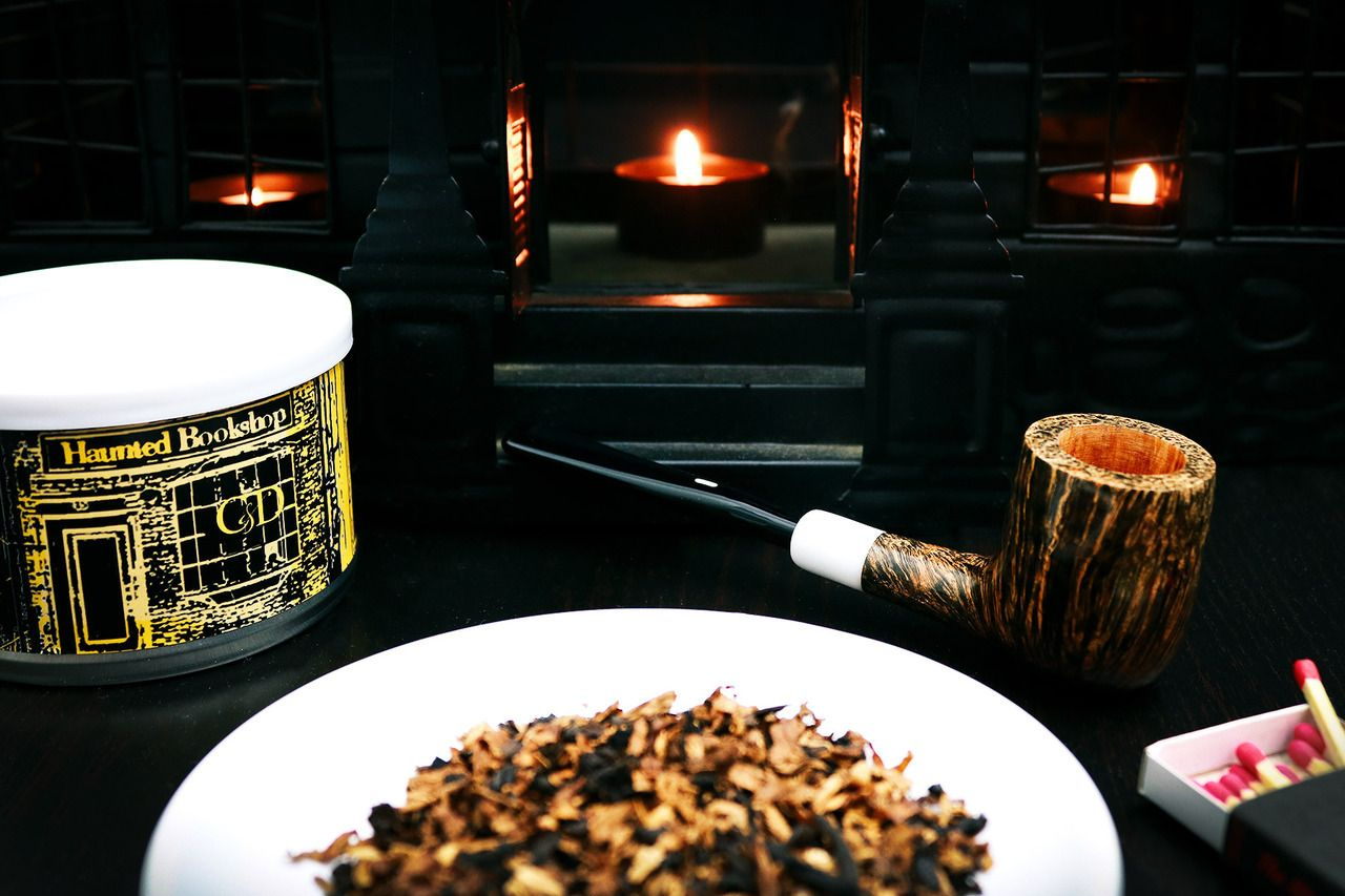 The Haunting Pipe Tobacco from Warped
