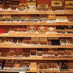 Selecting Cigar to Buy