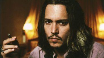 Johnny Depp Smoking 02
