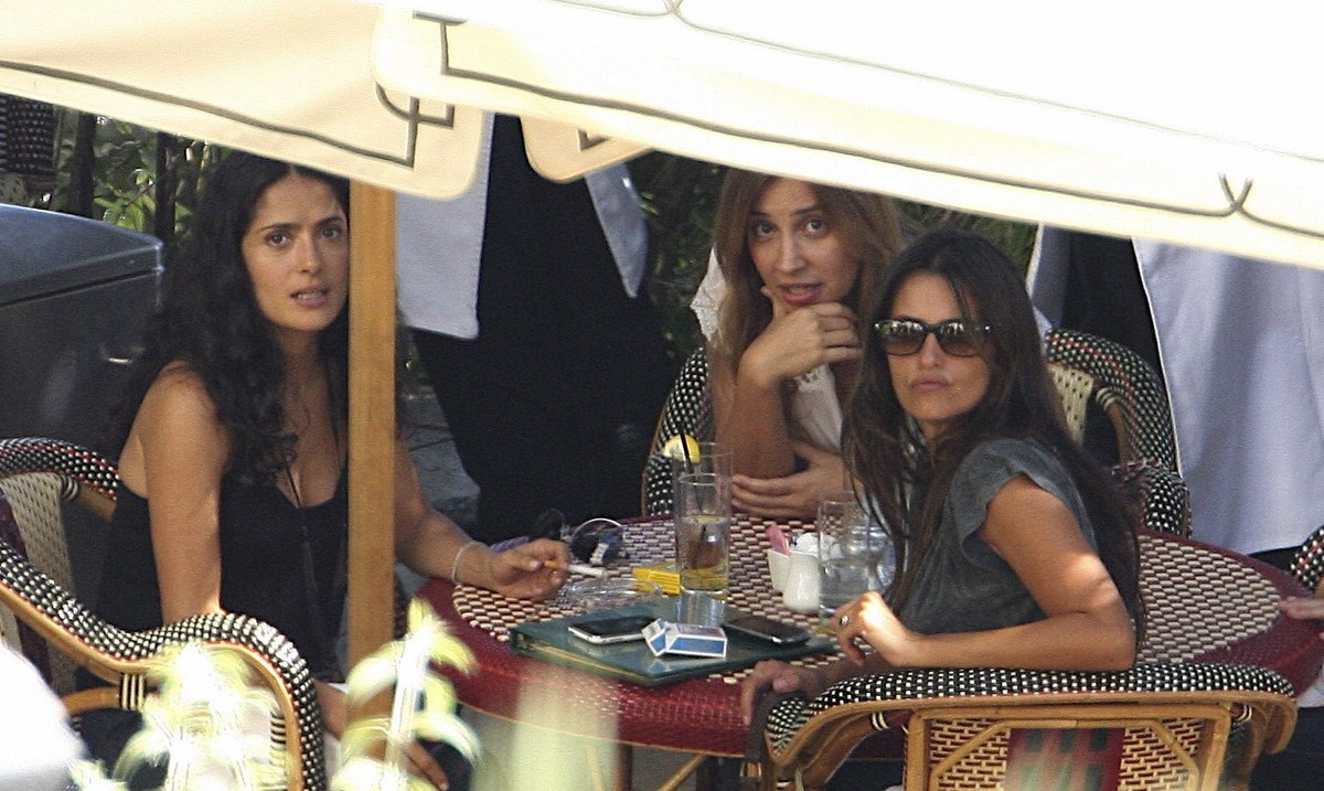 Exclusive Penelope Cruz And Salma Hayek